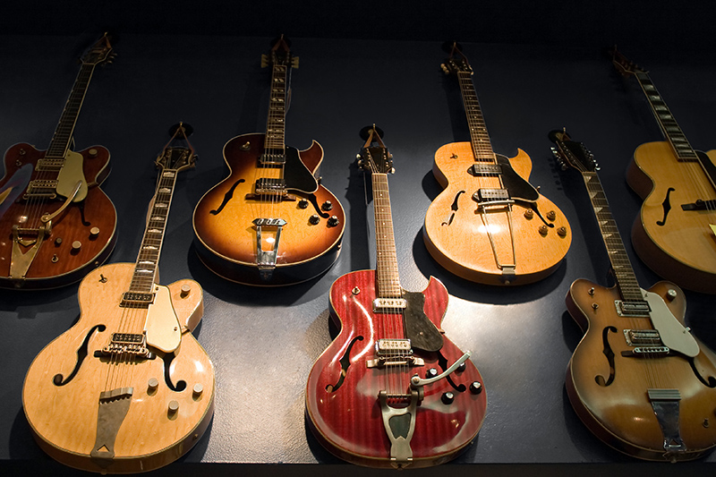 Choosing an Instrument Vintage Guitars